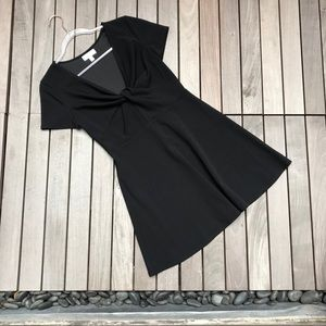 HONEY & ROSIE Black V Neck Short Sleeve Dress